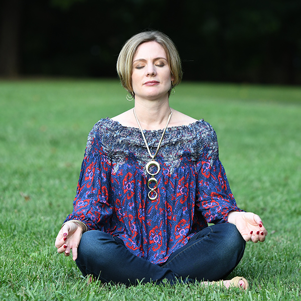 Melissa Kitto meditating